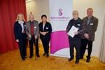 v. l.: Bürgermeisterin Meike Moog-Steffens, Günther Röhrs, Margarete Hartig, Wolfgang Schubert und Heinrich Riebesell